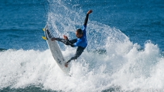 Caio Ibelli getting air surfing fins out