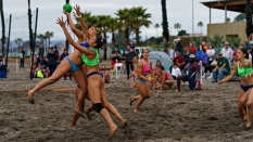 USA vs Argentina Women Pro Am Beach Handball block
