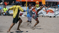 Los Angeles Beach Soccer Team Hard Kick