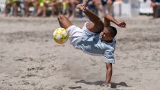 Go Beach Soccer Pro kick US Pro Cup Oceanside 2019