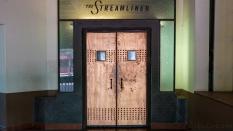 the streamliner bar