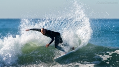 roundhouse cutback surfing
