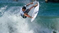 Flavio Nakagima surfer 2018